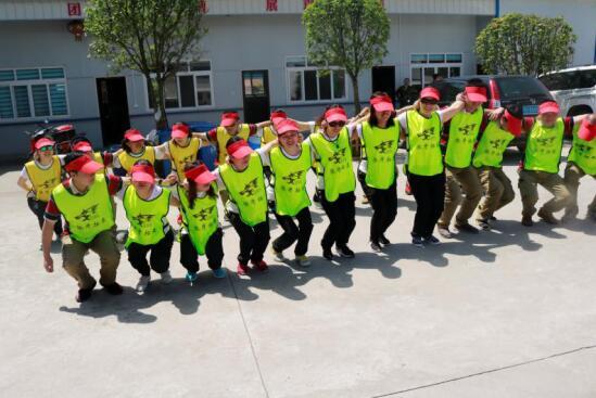 凝聚人心,汇聚力量--农发行荆州市分行营业部组织员工拓展训练侧记