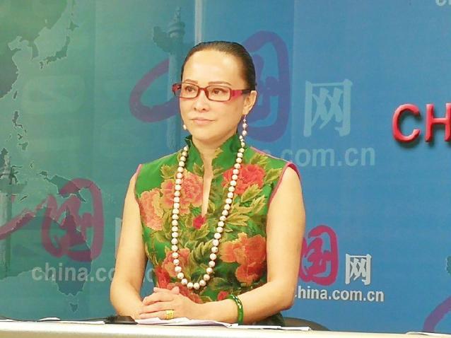 丹心虹梦绣华章 ――中国网专访可佳艺术董事局主席胡萍女士