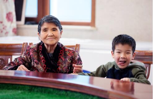 黄圣依6岁儿子安迪懂得节俭与感恩,竟与奶奶有关