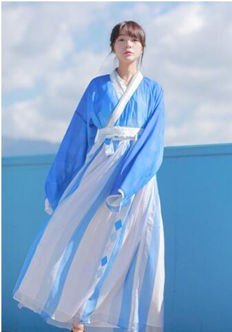 徐娇织羽集发起百人试穿活动推广汉服文化
