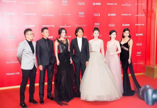 电影《三国杀・幻》剧组出席上海电影节,贾清携手郑伊健亮相红毯