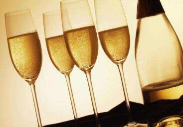 让人爱之深的香槟酵母护肤究竟拥有怎样的魔力?