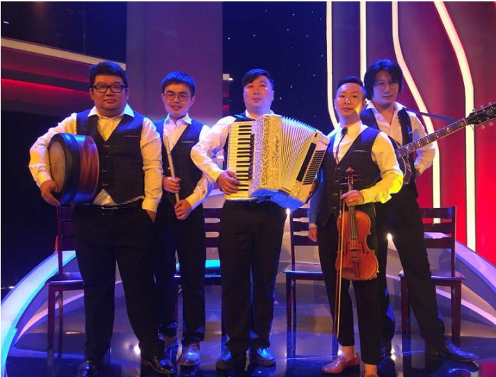 三等舱乐队受邀央视《乐活中国》节目录制