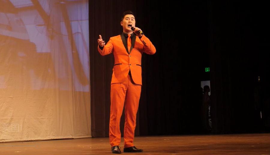 随州籍歌唱家杨学超携作品《千年银杏谷》唱响美国!