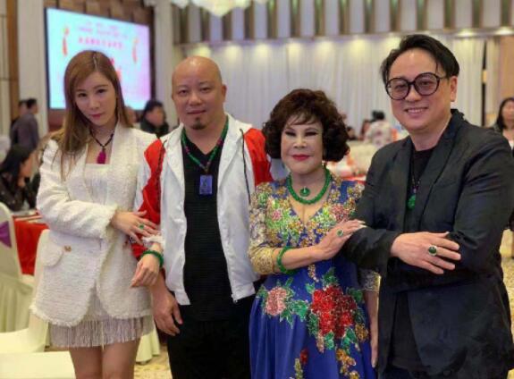 黄夏蕙陪同杨峰、艾美琦出席基督教联合医院筹款活动