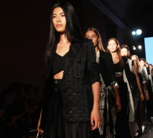 INSUN恩裳米兰时装周秀场直击 | 探知型格百变的艺术世界